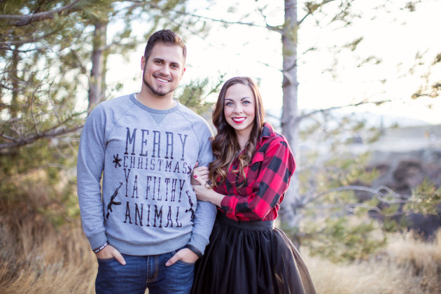 Lovely-Deseret-Christmas-Pictures-Couples-Photography-01