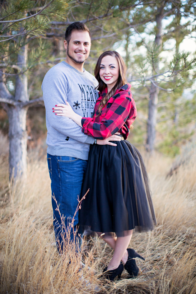 Lovely-Deseret-Christmas-Pictures-Couples-Photography-05