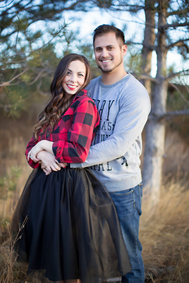 Lovely-Deseret-Christmas-Pictures-Couples-Photography-09