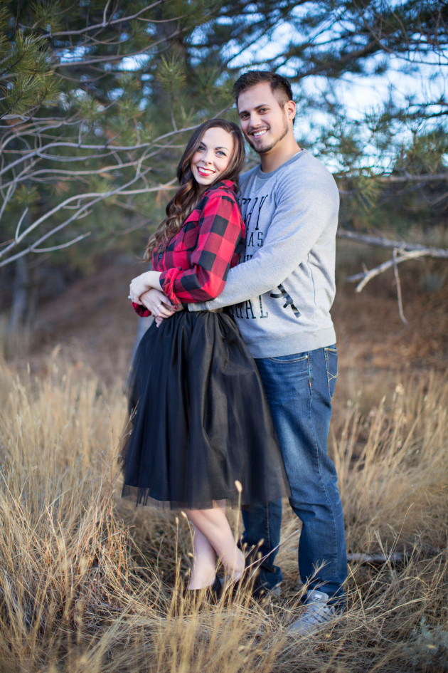 Lovely-Deseret-Christmas-Pictures-Couples-Photography-10