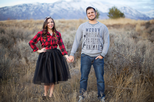 Lovely-Deseret-Christmas-Pictures-Couples-Photography-17