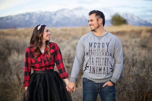 Lovely-Deseret-Christmas-Pictures-Couples-Photography-19