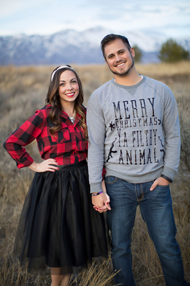 Lovely-Deseret-Christmas-Pictures-Couples-Photography-20