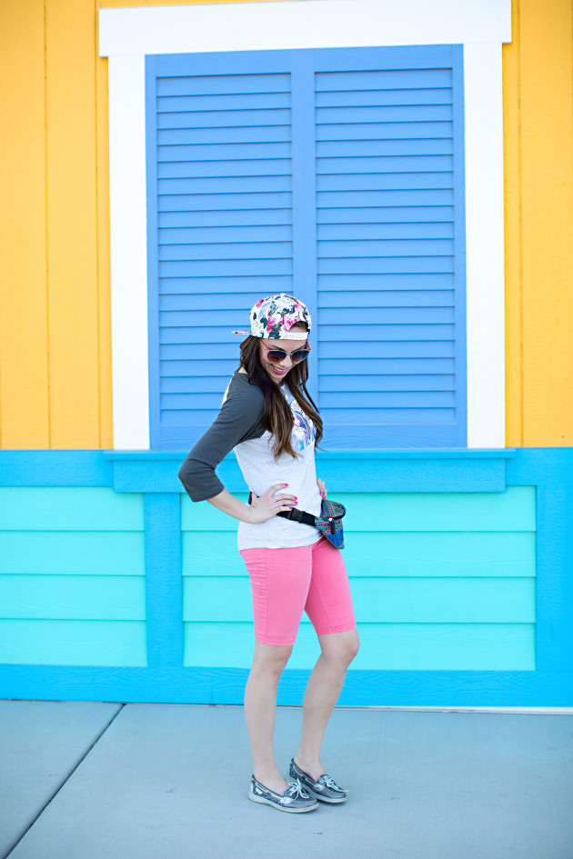 Feozen themed Disneyland outfit styled by modes fashion blogger Lovely Deseret. Photographed by Diana Putnam Photography