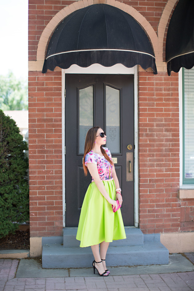 Modest Fashion blogger Lovely Deseret shows how to modestly wear a trendy floral crop top with a high waisted lime midi skirt without showing your midriff and staying modest. Photo by Diana Putnam Photography