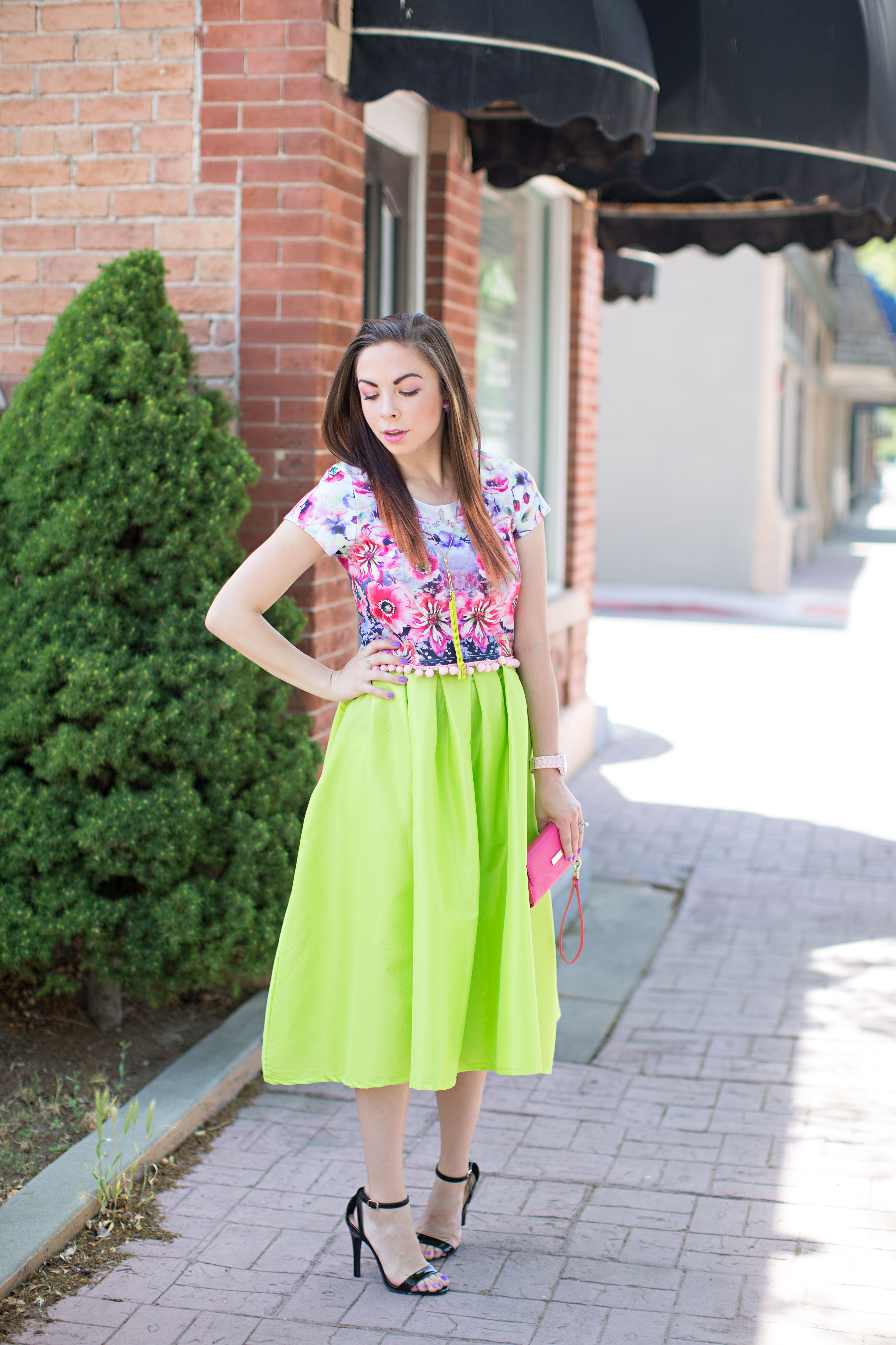 3276eb22ae23a ... Modest Fashion blogger Lovely Deseret shows how to modestly wear a  trendy floral crop top with ...