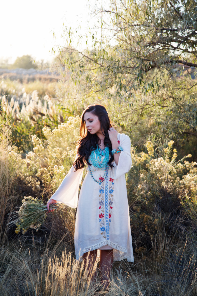 Lovely-Deseret-Modest-fall-boho-Diana-Puntnam-Photography-15