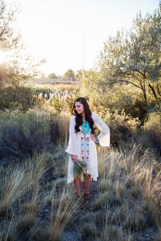 Lovely-Deseret-Modest-fall-boho-Diana-Puntnam-Photography-24