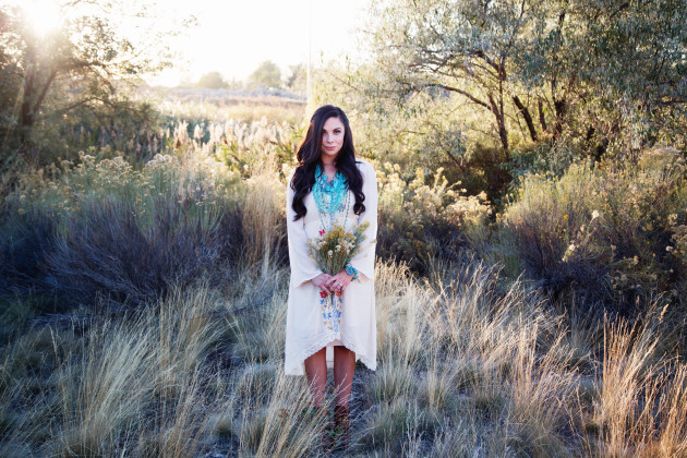 Lovely-Deseret-Modest-fall-boho-Diana-Puntnam-Photography-26