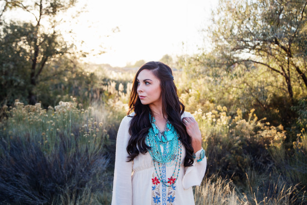 Lovely-Deseret-Modest-fall-boho-Diana-Puntnam-Photography-29