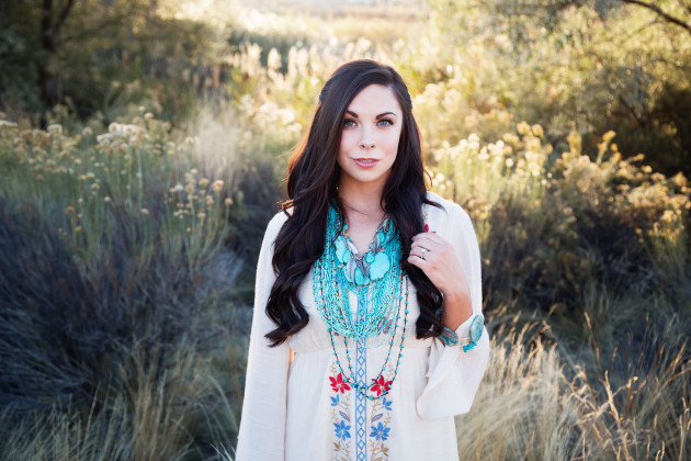 Lovely-Deseret-Modest-fall-boho-Diana-Puntnam-Photography-30