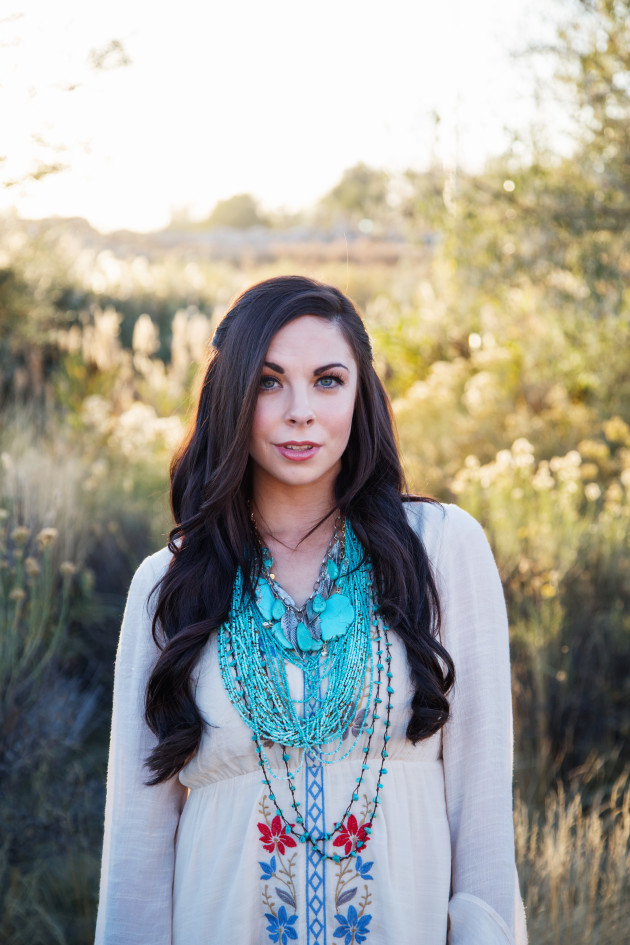 Lovely-Deseret-Modest-fall-boho-Diana-Puntnam-Photography-32