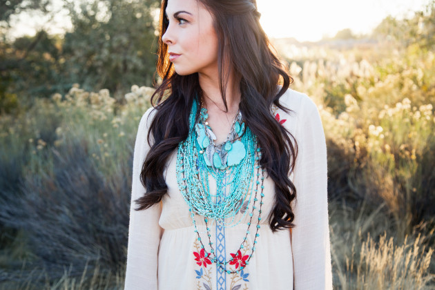 Lovely-Deseret-Modest-fall-boho-Diana-Puntnam-Photography-33