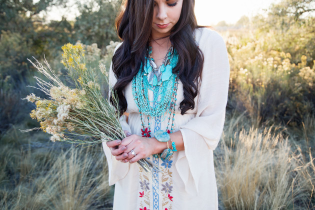 Lovely-Deseret-Modest-fall-boho-Diana-Puntnam-Photography-37