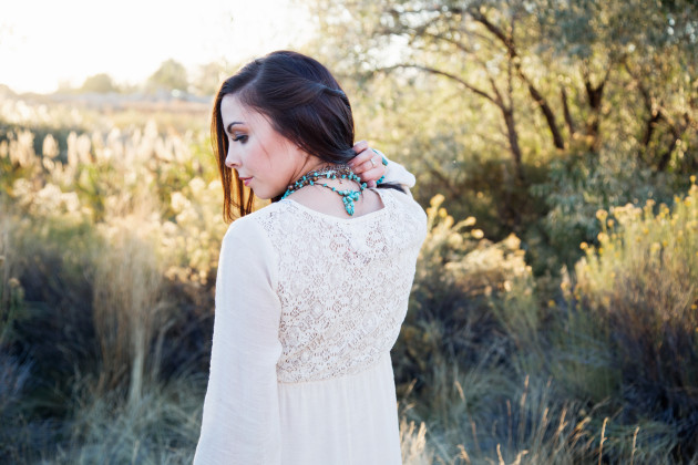 Lovely-Deseret-Modest-fall-boho-Diana-Puntnam-Photography-40