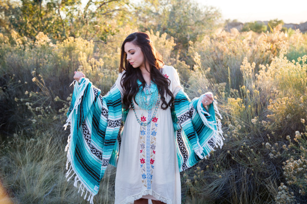 Lovely-Deseret-Modest-fall-boho-Diana-Puntnam-Photography-55