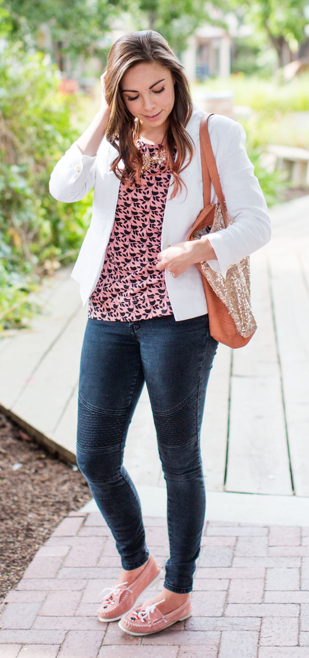 Add a blazer to your favorite tee to make it work appropriate!