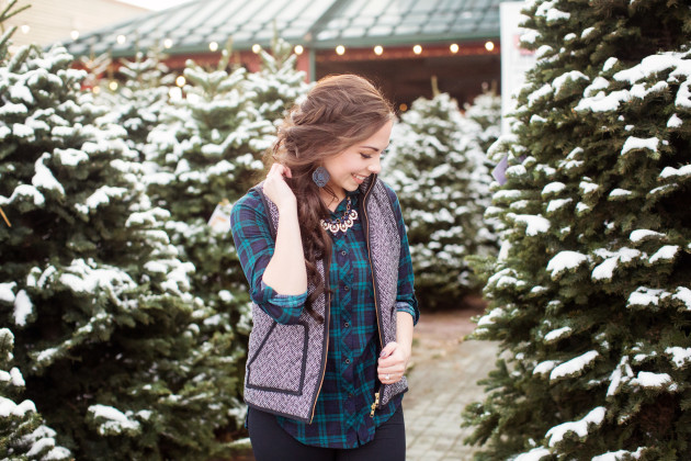 Herringbone vest and plaid with leggings and turquoise hunter boots styled as a Christmas pictures outfit
