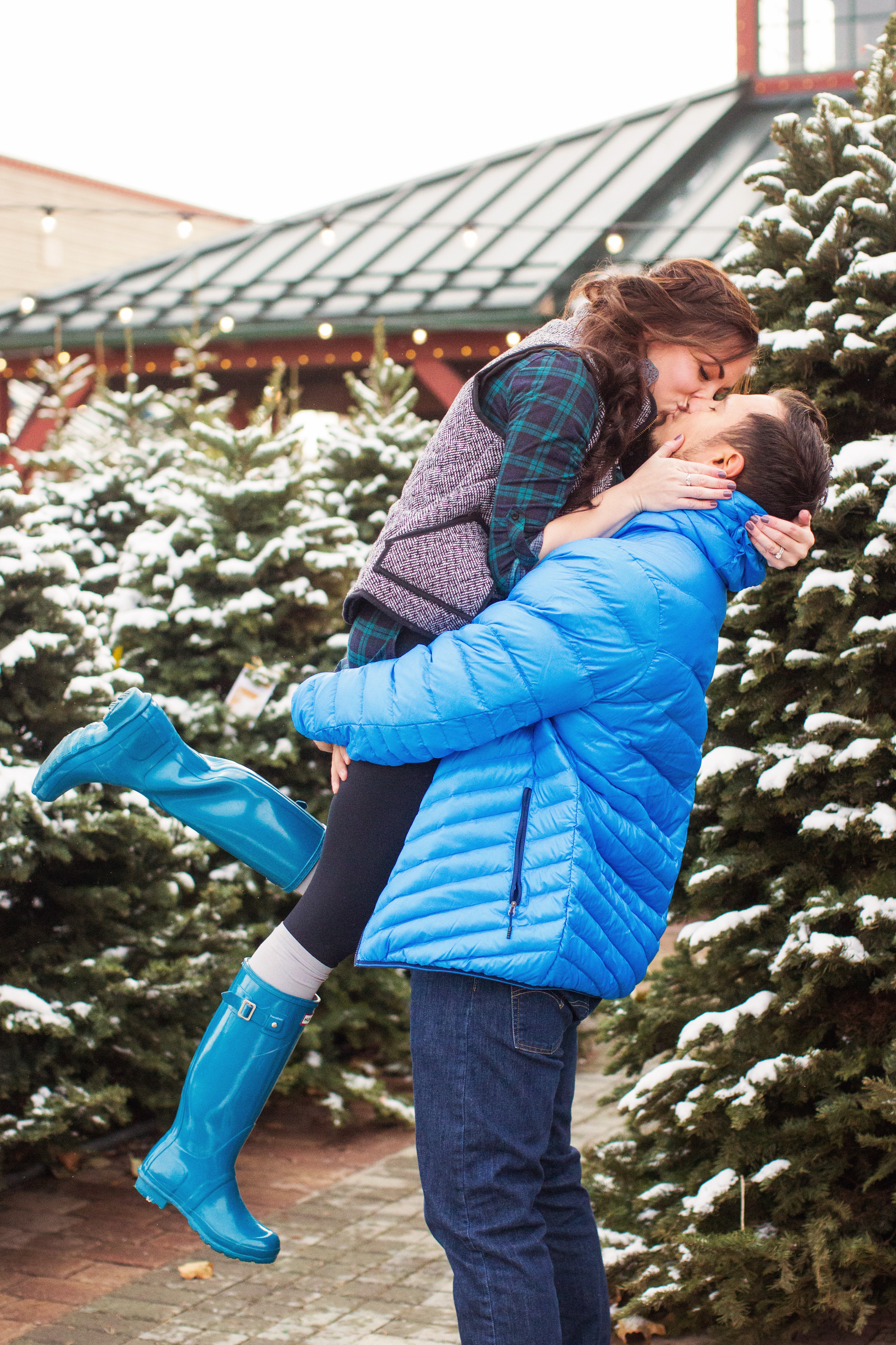 """Baby it's Cold Outside"" – Couples Christmas Pictures at a Christmas Tree Lot"