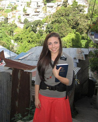 Hermana Jacobsen LDS Sister Missionary in Guatemala