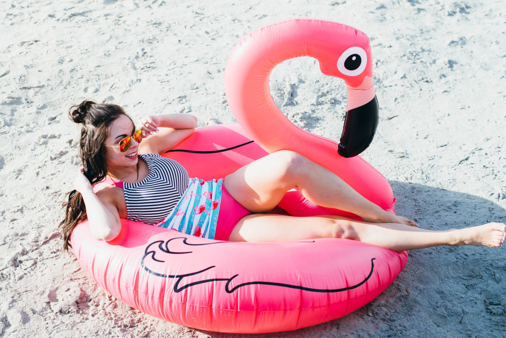 Modest fashion blogger Modest Goddess reviews a flamingo modest swimsuit from Mikarose swim!