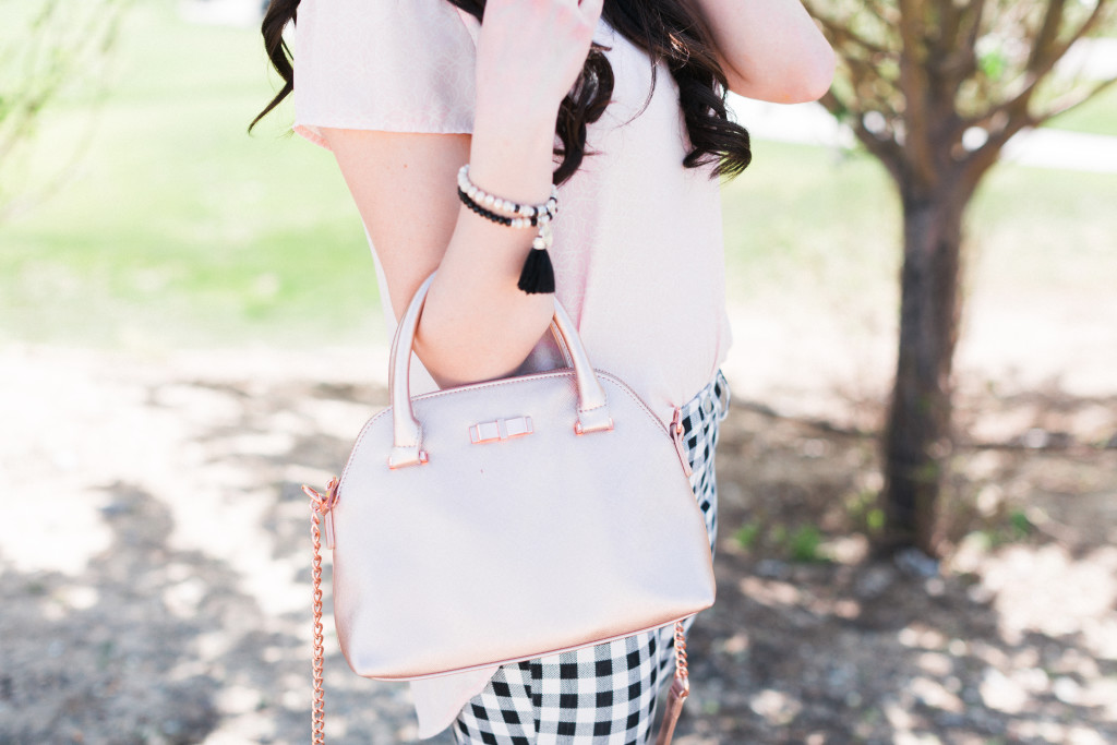 Modest Fashion Blogger Modest Goddess styles a blush and gingham crops lightweight modest spring outfit!