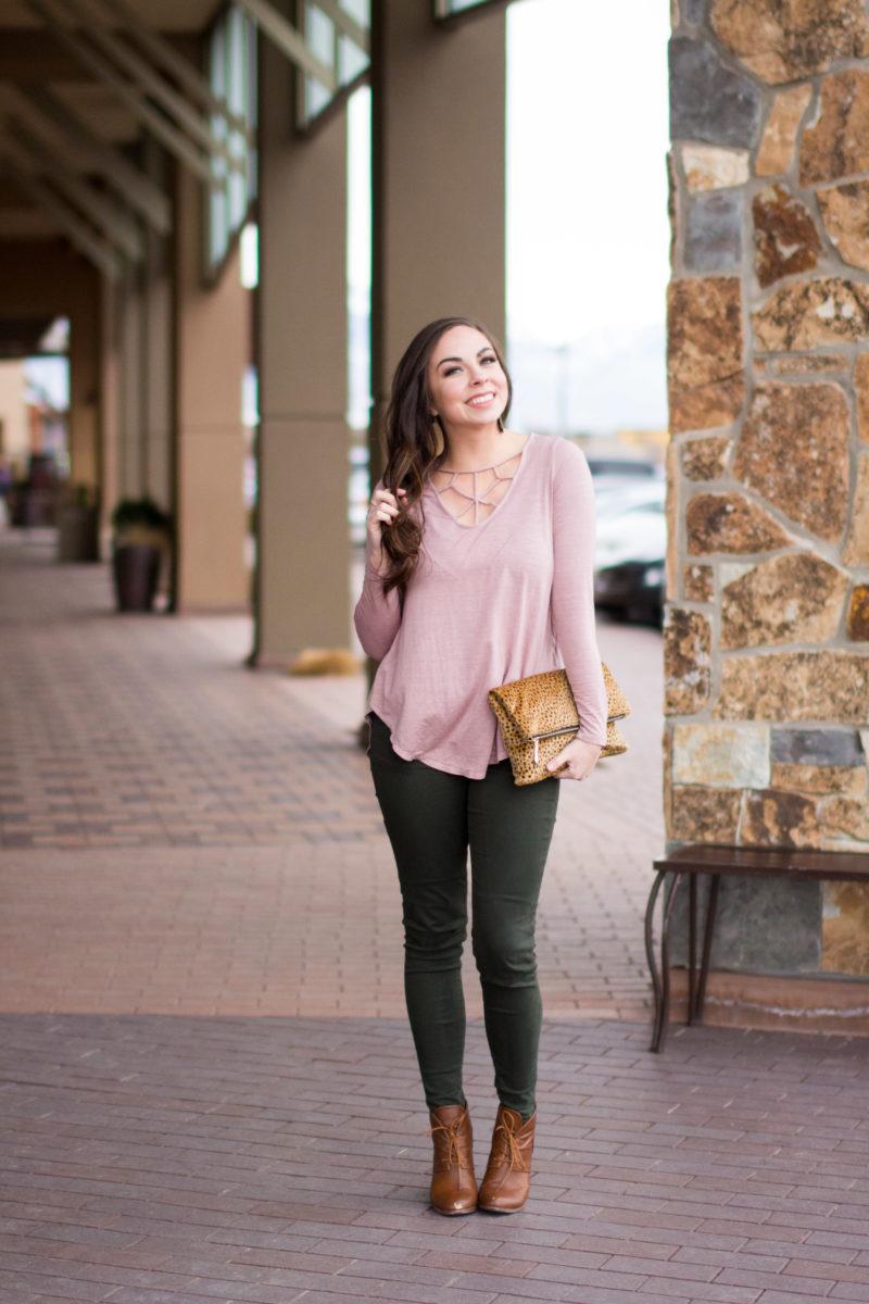 """Olive & Dusty Rose"" Modest Cage Front Top Style"