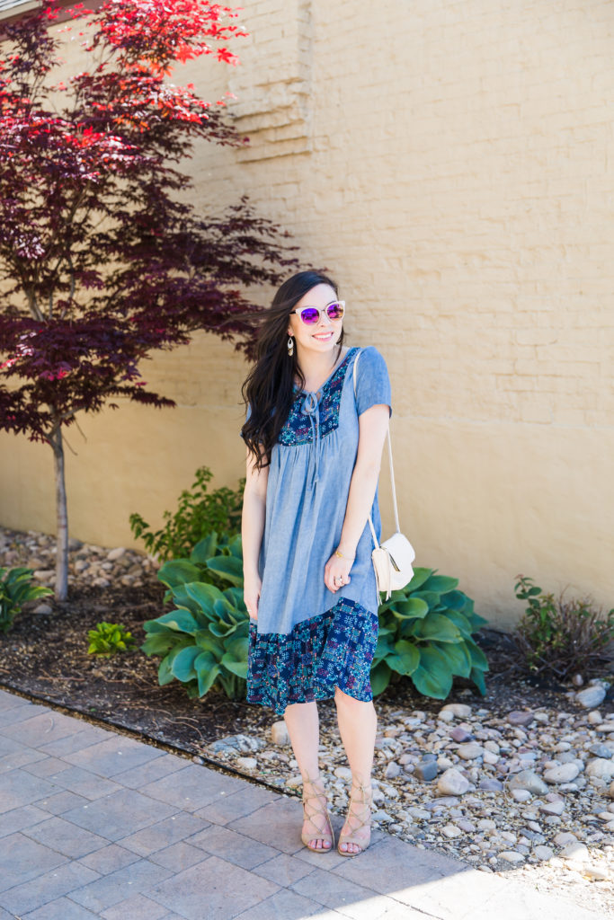 Modest fashion influencer Modest Goddess styles a modest chambray ootd.
